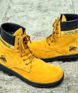 Sepatu Boots Safety Pria ( CAT Kuning Suede )